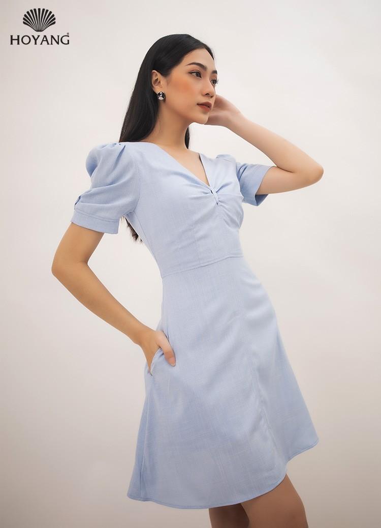đầm ngắn tiệc màu xanh nhún ngực